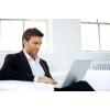 Современный маркетолог,  который работает в Интернете